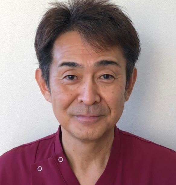 山本先生.png